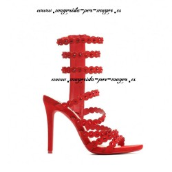 Sandalias rojas tacones...